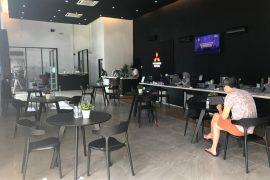 Cust Lounge